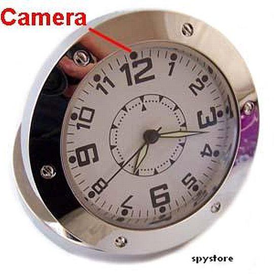 שעון שולחני עם מצלמה נסתרת