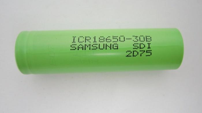 סוללת ליתיום נטענת SAMSUNG 3.6V 3000MAH 18650