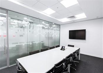 משרדי חברות הלוואות חוץ בנקאיות