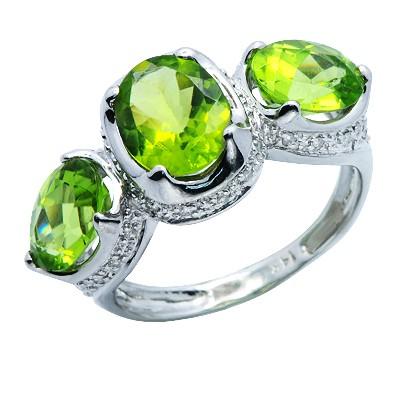 טבעת 3 אבני חן יהלומי פרידוט. 14k זהב לבן
