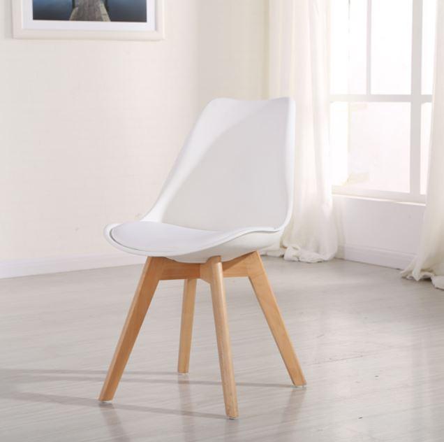 כסא מעוצב לפינת אוכל OSCAR
