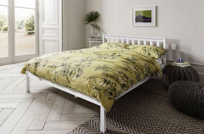 מיטה זוגית מיטה זוגית מעץ מלא LATINA Bradex