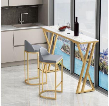 שולחן לאי מטבח ממתכת מעוצבת ושיש יוקרתי כולל 4 כסאות דגם MSH-2-93A מבית ROSSO ITALY