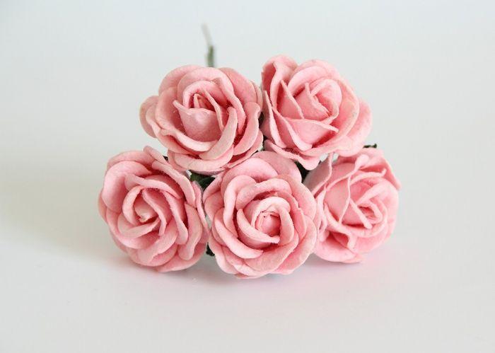 """ורד 4 ס""""מ ורוד בהיר- 5 פרחים"""