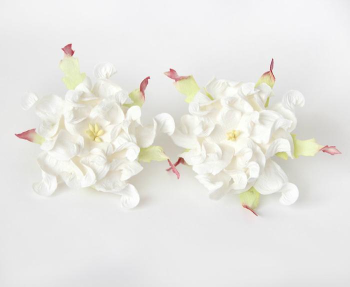 """גרדניה 7ס""""מ - לבן -4 פרחים"""