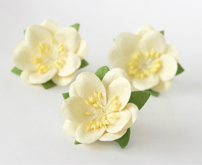 סקורה - חלבי - 4פרחים