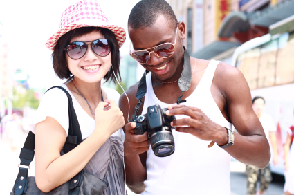 """הסדרת אשרות לתיירים ומוזמנים מחו""""ל"""