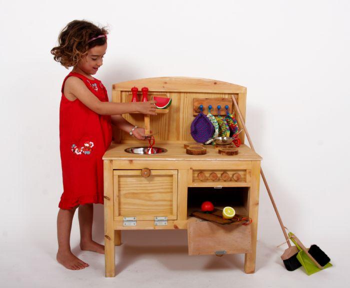 """מטבח עץ לילדים דגם """"איילת"""" רוחב 60 ס""""מ"""