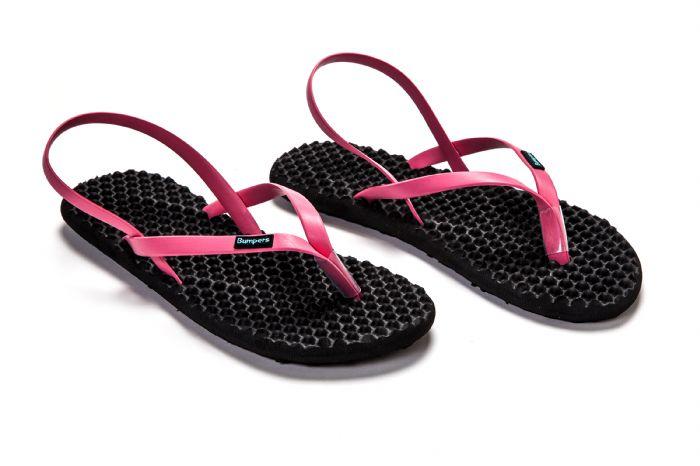 bumpers sandals // שחור ורוד