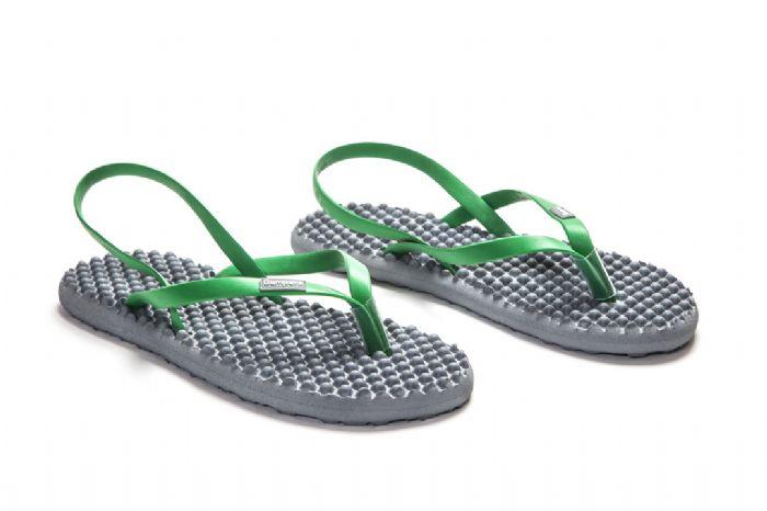 bumpers sandals // אפור ירוק