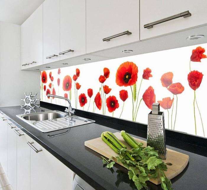 חיפוי זכוכית למטבח דוגמא 14 רקע פרחים אדומים.