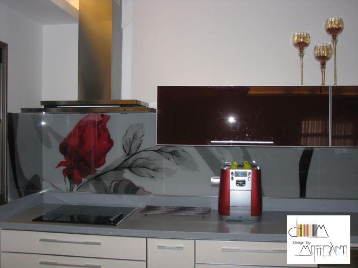 חיפוי זכוכית מודפסת פרח אדום
