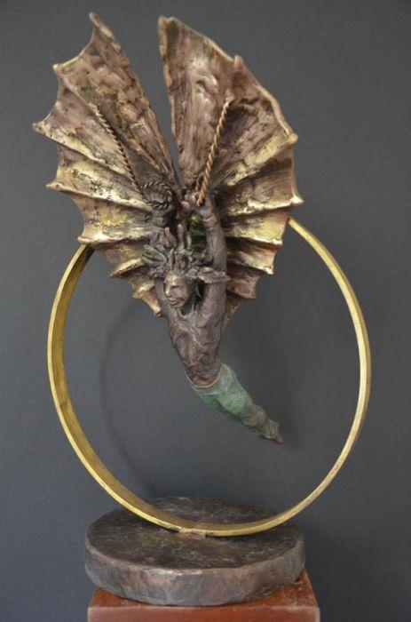 Clara Abramovich  - Sculpture
