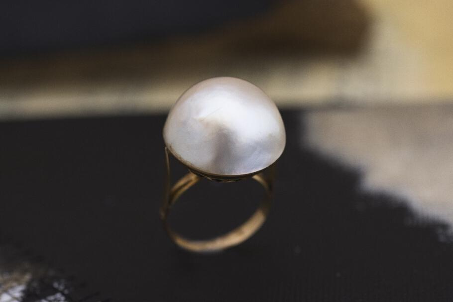 טבעת מזהב עם פנינה ענקית