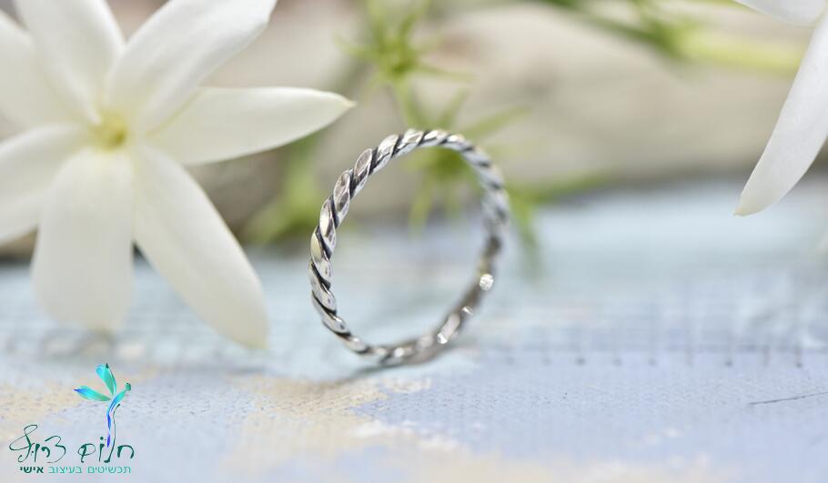 טבעת דמויית חבל מכסף סטרלינג במראה מיושן
