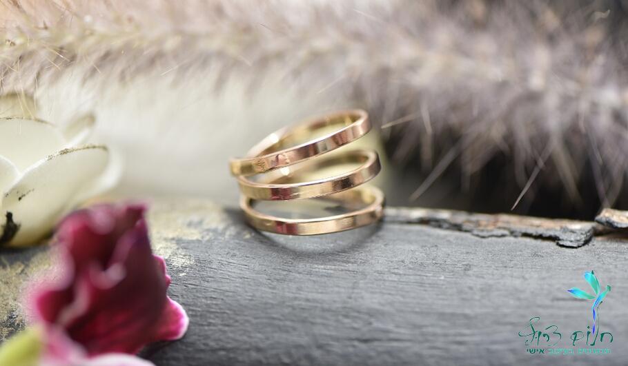 טבעת ספירלה מזהב אדום 9 קראט
