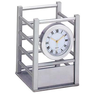 """מעמד לכלי כתיבה עם שעון -אלומיניום-מק""""ט - 2011"""