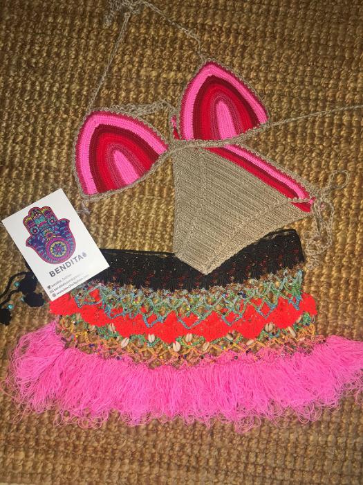 Bubble gum crochet skirt&belt