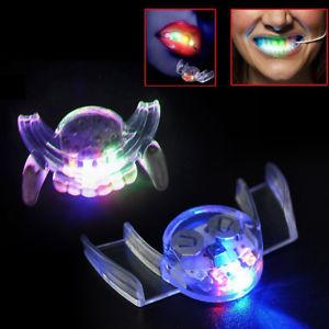 פלטת שיניים מאירה