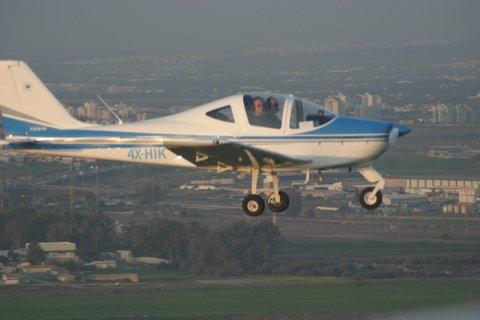 טייס ליום אחד - מטוס ספורט קל