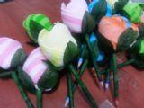 פרח מגבת מיקרופייבר עם עיפרון כגבעול - מתנה שימושית ומקורית