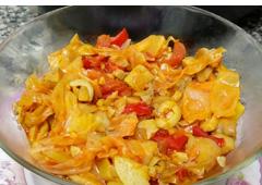 תבשיל כרוב וירקות