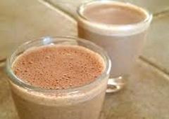 משקה קקאו טבעי טעים, מעורר ומגביר אנרגיה