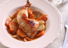 Fragrant Roast Chicken with Potatoes and Sweet Potatoes