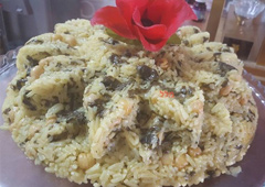 Rice with Spinach, Garlic and Lemon - Ahuva Vahaba