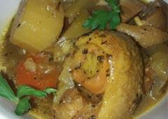 Leg Soup with Carrots, Kohlrabi, Potatoes and Garlic