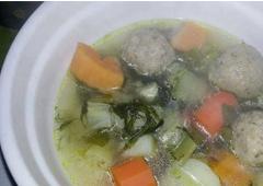 Vegetable Kneidlach Soup