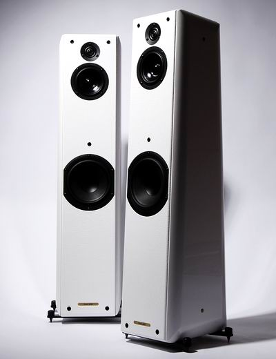 זוג רמקולים Sonus Faber Toy Tower מתצוגה