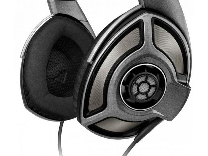 אוזניות SENNHIESER HD700 מטרייד אין