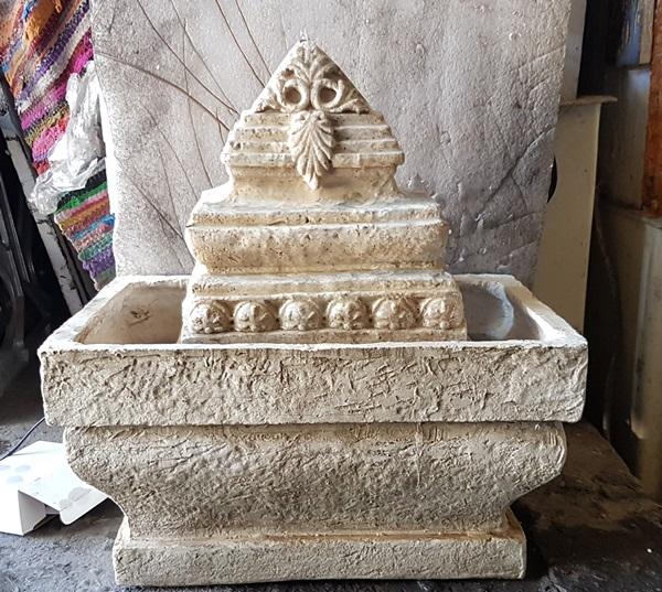 מפל מים אבן הודית