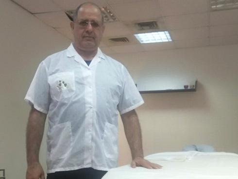 אהרון וינגרטן מטפל ברפואה משלימה וטיפולים בכאב