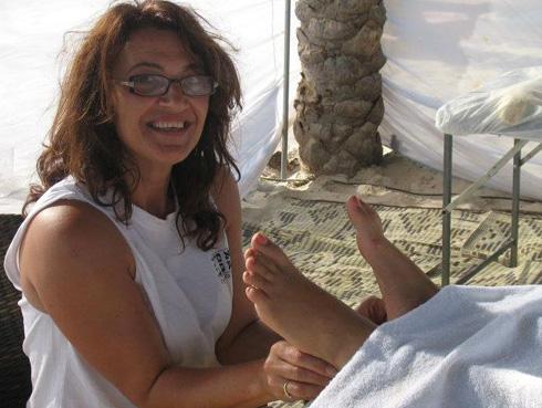 חנה לוי - עיסוי ורפלקסולוגיה, מעסה רפואית ודולה