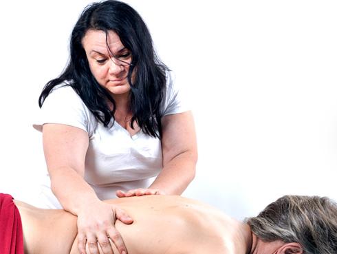 מטפלת גופנית ונפשית, מעסה, רפסולוגית