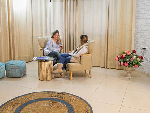 נעמה קוסטיקה - מטפלת nlp | טיפול nlp | תל אביב
