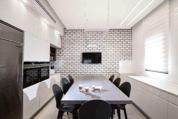 אנדריי בריקים - חיפוי לקירות מטבח