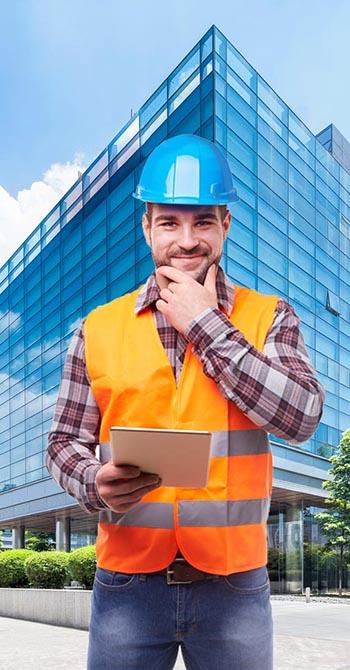 קבלן בנייה לייד מבנה
