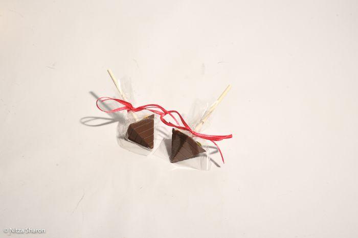 סביבוני שוקולד על מקל