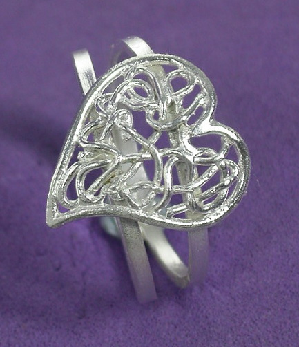 Romantic Swirls Ring