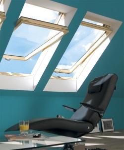 חלונות גג ציר עליון ומרכזי פאקרו - צוות-גדרון