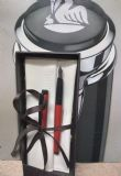 עט פליקן במבנה דק. צבע בורדו. קשה להשיג דגם כזה