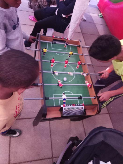 שולחן כדורגל מיני להשכרה