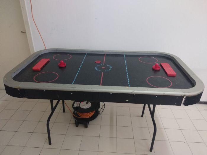שולחן הוקי אוויר ענק- 054-6470400