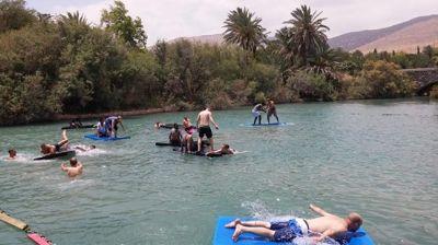 ימי גיבוש וכיף לעובדים - משחקי גיבוש  וכיף במים