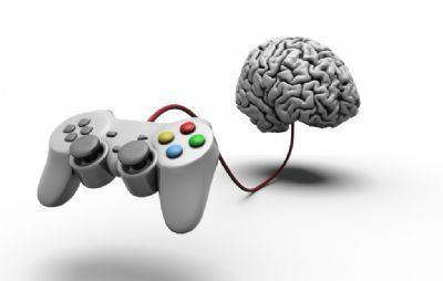 ג'ויסטיק משחק מחובר למוח עם כבל