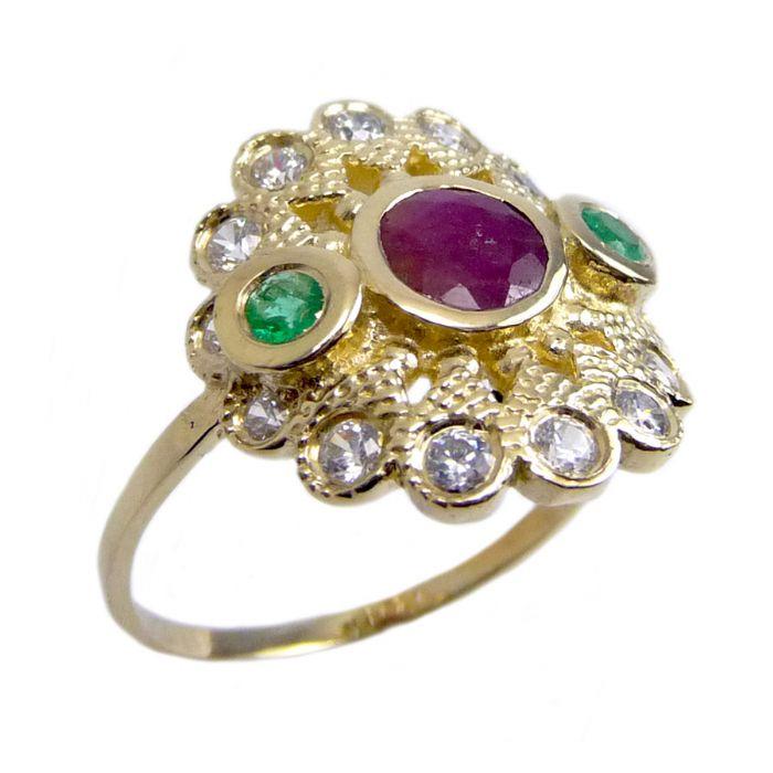 טבעת זהב 14K בעיצוב פרח משובצת אבני רובי ואמרלד