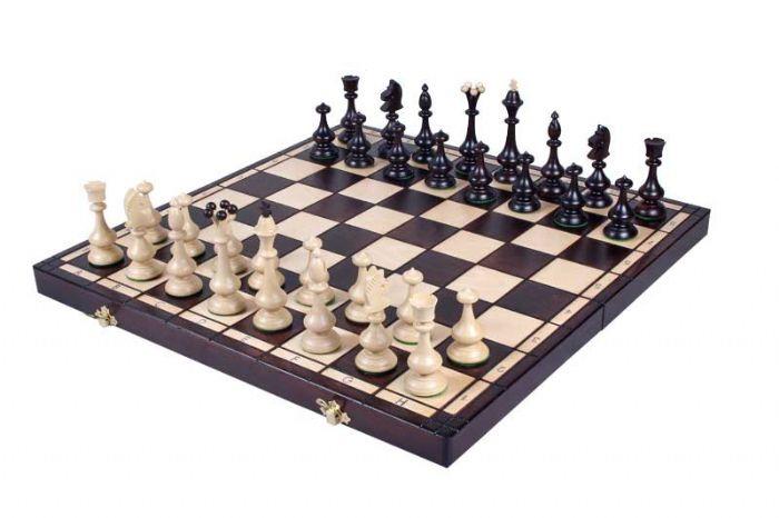 שחמט עץ זאוס